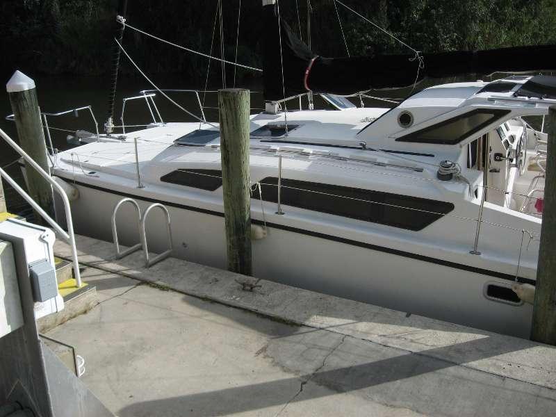 Preowned Sail Catamarans for Sale 1997 Gemini 105M Boat Highlights