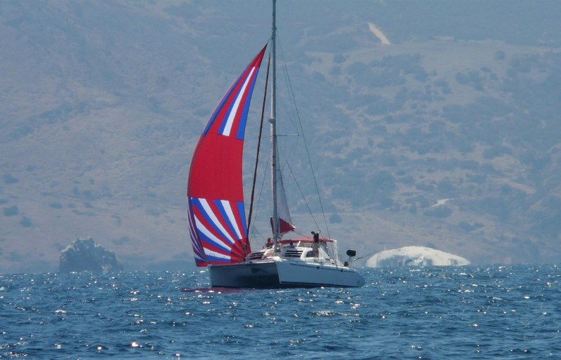 Used Sail Catamaran for Sale 2000 Leopard 3800 Boat Highlights