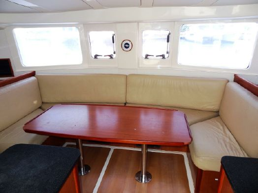 Used Power Catamarans for Sale 2012 Leopard 39 Layout & Accommodations