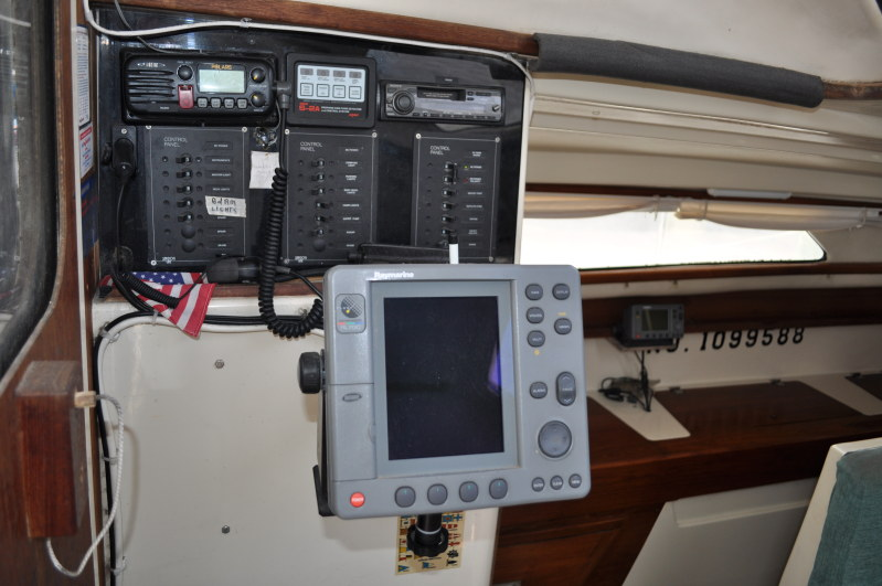 Preowned Sail Catamarans for Sale 2000 Gemini 105Mc Electronics & Navigation