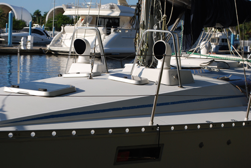 Preowned Sail Catamarans for Sale 1991 Oceanis 390 Owner's Version Deck & Equipment