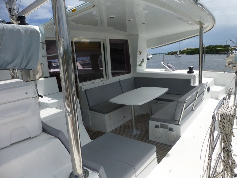 Used Sail Catamaran for Sale 2010 Lagoon 400 Deck & Equipment