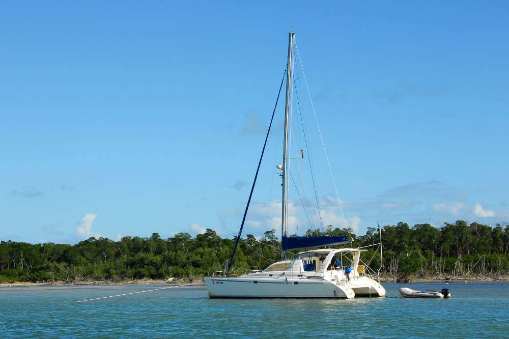 Preowned Sail Catamarans for Sale 1999 Leopard 3800