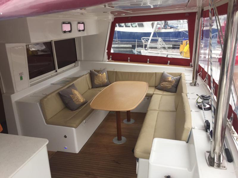 Used Sail Catamaran for Sale 2009 Lagoon 500 Layout & Accommodations
