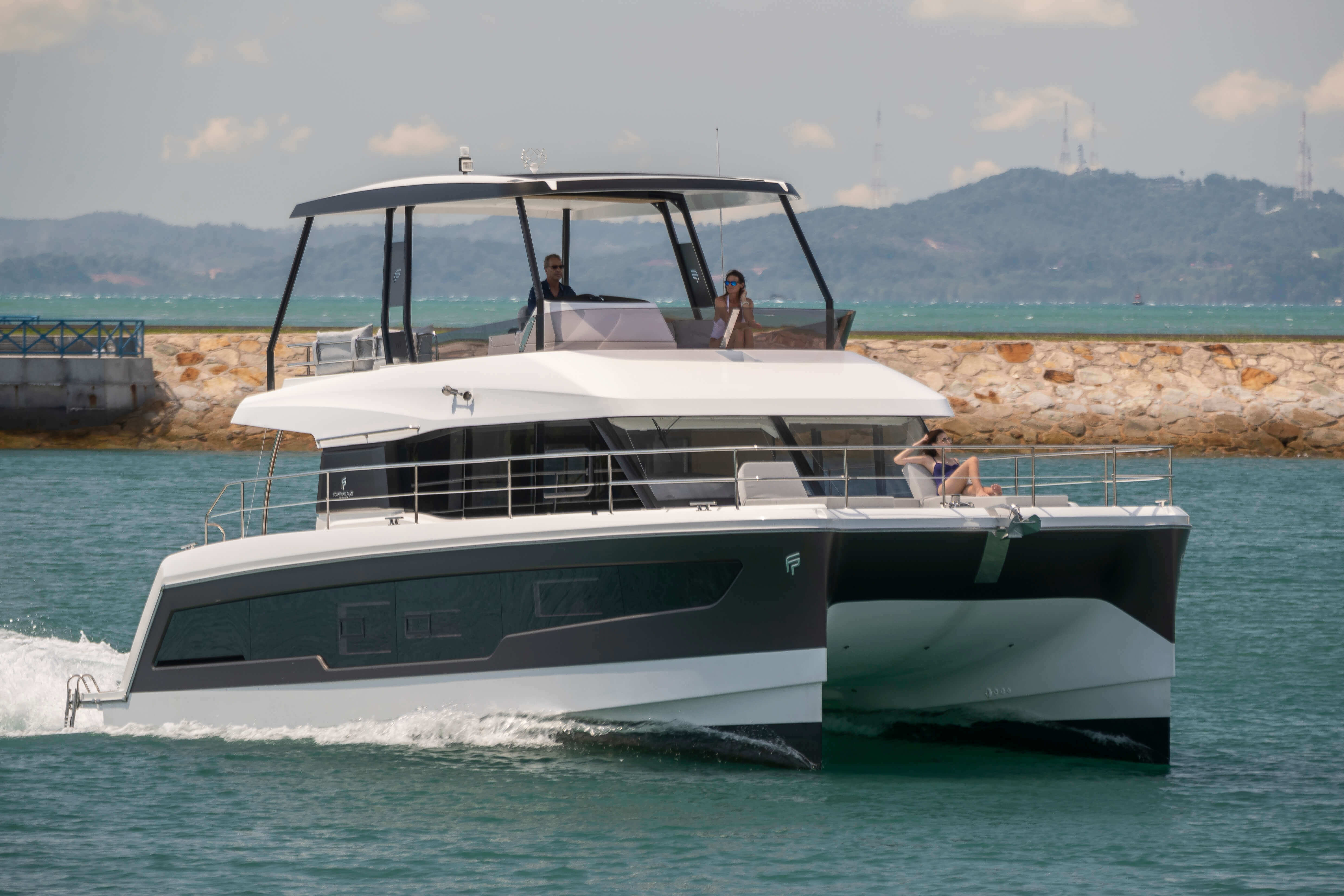 New Power Catamaran for Sale  MY 40 Boat Highlights