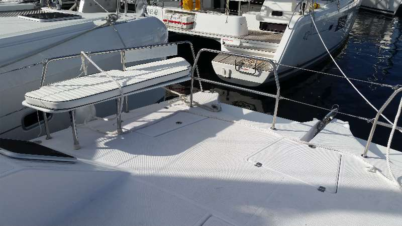New Power Catamarans for Sale  Freestyle 399 Power Deck & Equipment