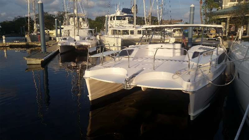 New Power Catamaran for Sale  Freestyle 399 Power Boat Highlights