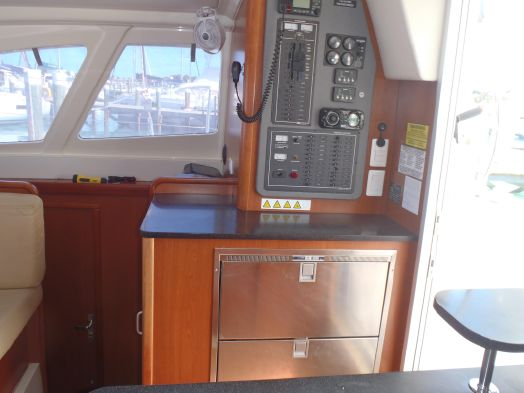 Preowned Sail Catamarans for Sale 2014 Leopard 39 Electronics & Navigation