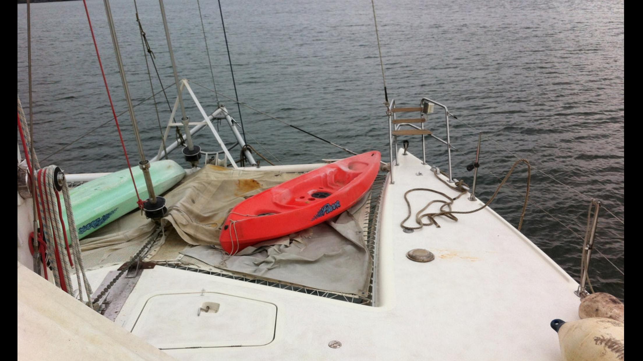 Preowned Sail Catamarans for Sale 1994 St. Francis 44 Mark II Deck & Equipment