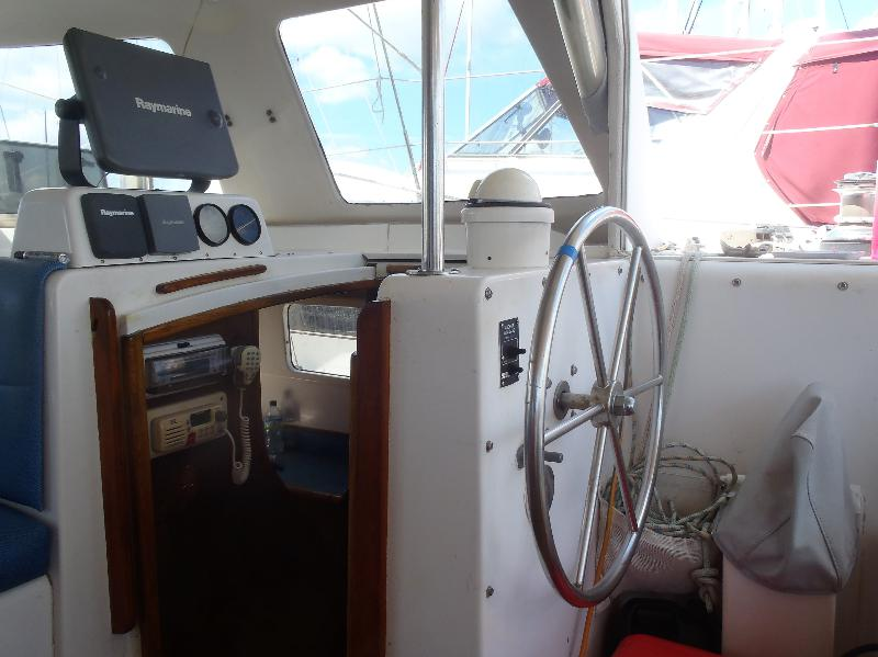 Preowned Sail Catamarans for Sale 2000 Seawind 1000 Electronics & Navigation