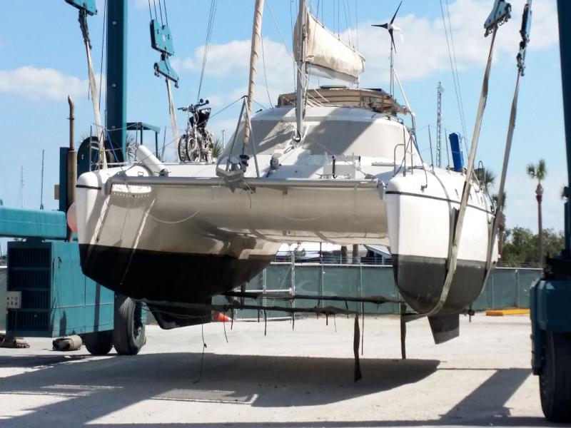 Used Sail Catamaran for Sale 2003 Wildcat 350 Boat Highlights