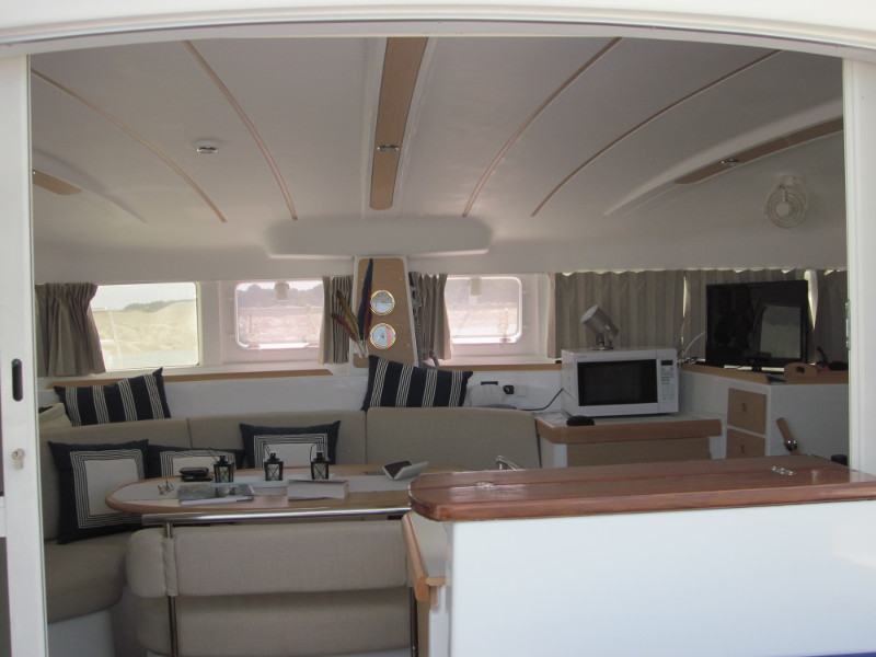 Preowned Sail Catamarans for Sale 2009 Lagoon 380 S2 Layout & Accommodations
