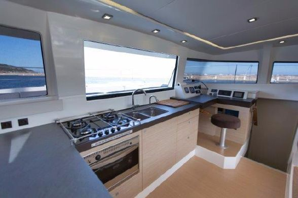 Preowned Power Catamarans for Sale 2014 Bali 4.3 Galley