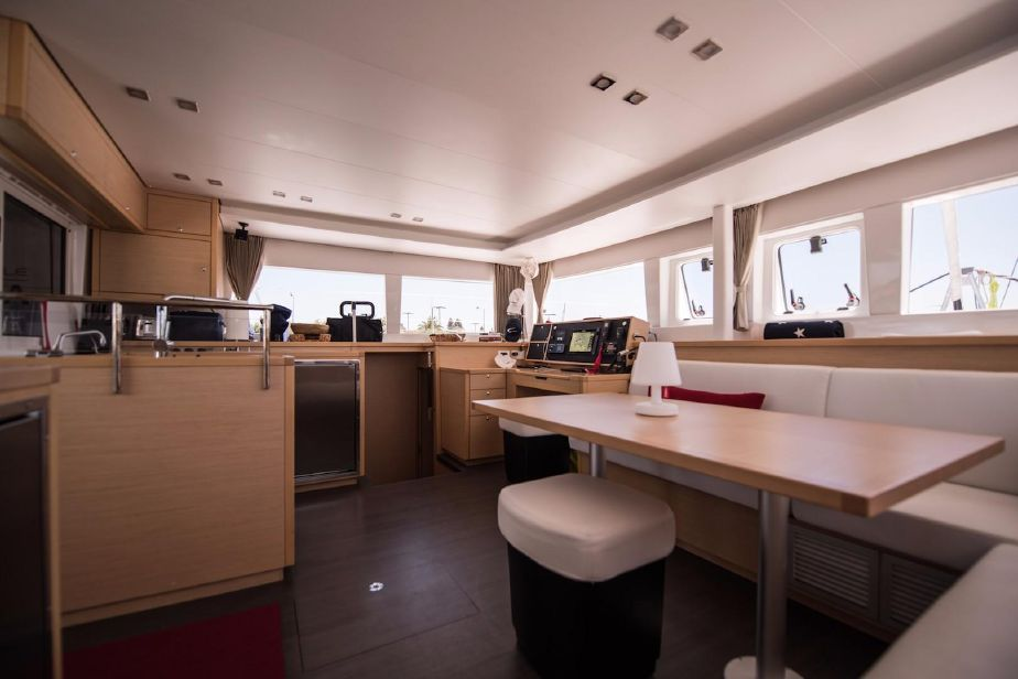 Used Sail Catamarans for Sale 2015 Lagoon 450 Layout & Accommodations
