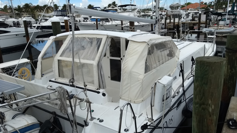 Used Sail Catamaran for Sale 2008 Gemini 105Mc Deck & Equipment