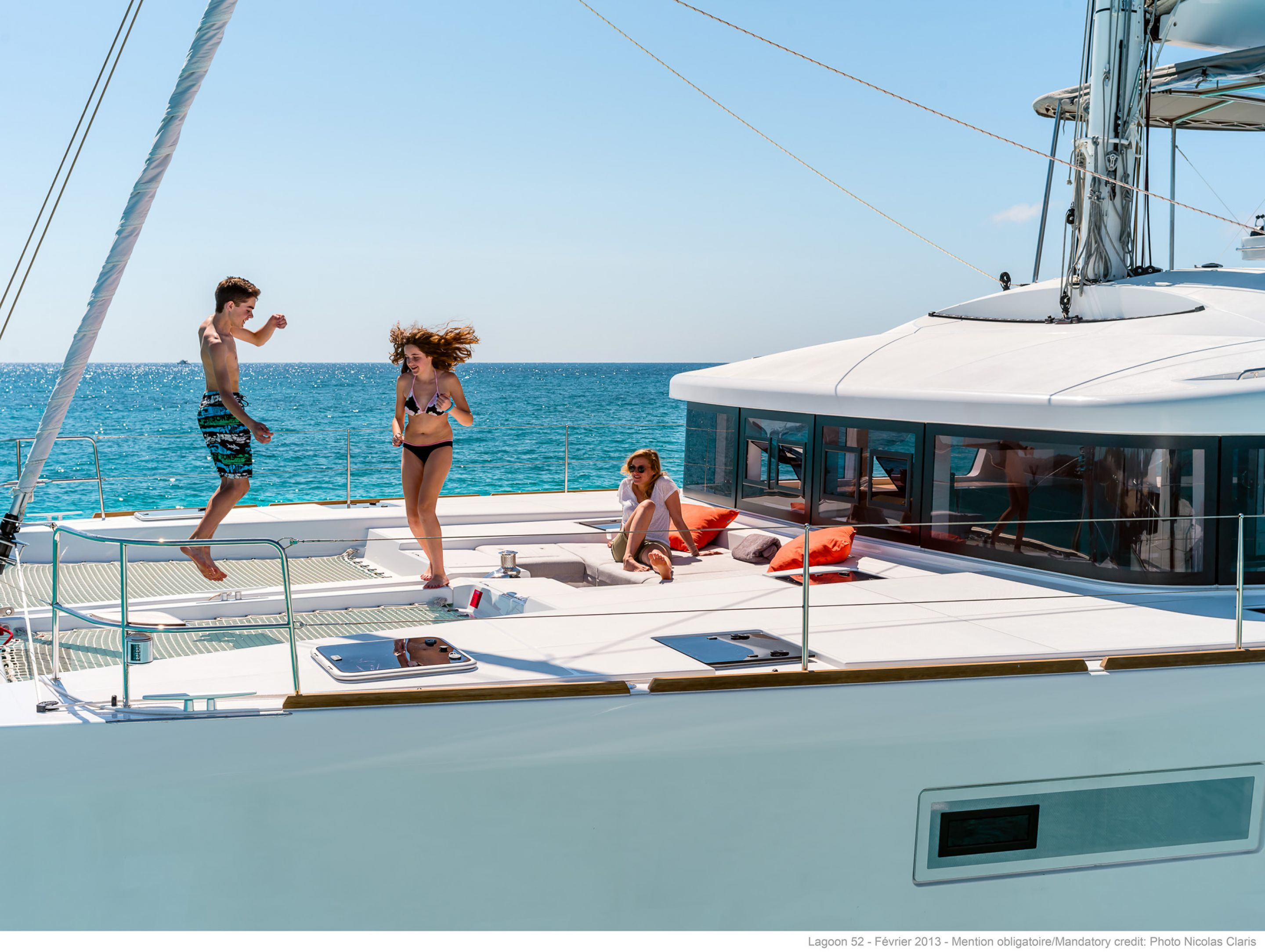New Sail Catamaran for Sale 2019 Lagoon 52 F Deck & Equipment