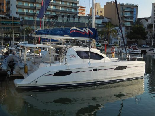 Catamarans ZOOF II, Manufacturer: ROBERTSON & CAINE, Model Year: 2013, Length: 37ft, Model: Leopard 39, Condition: Used, Listing Status: NOT ACTIVE, Price: USD 255915