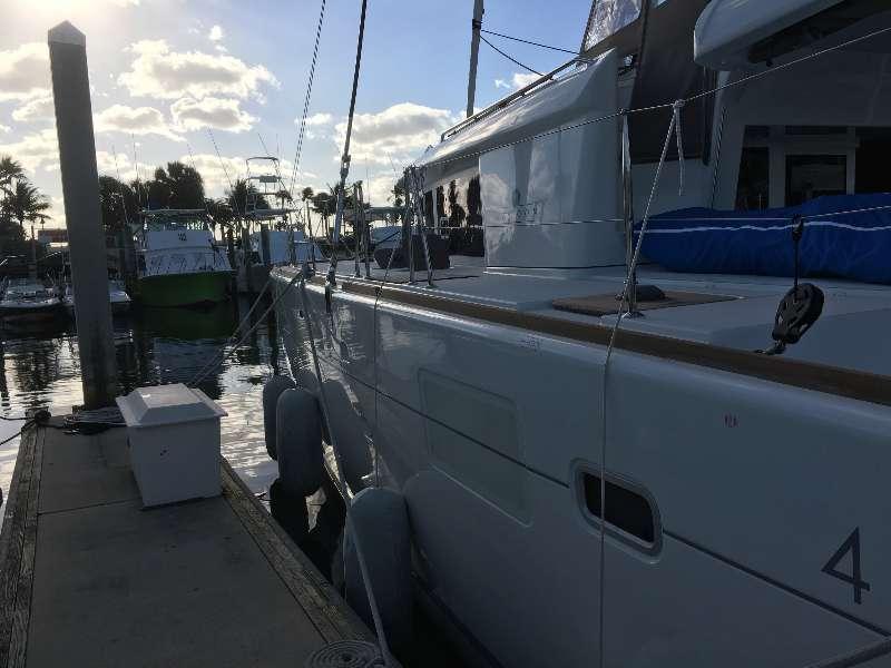 Preowned Sail Catamarans for Sale 2015 Lagoon 450 Deck & Equipment