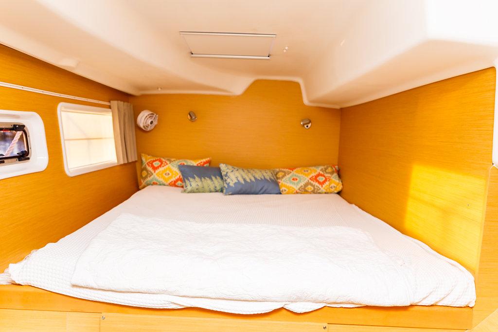 Used Sail Catamaran for Sale 2018 Lagoon 380 Layout & Accommodations