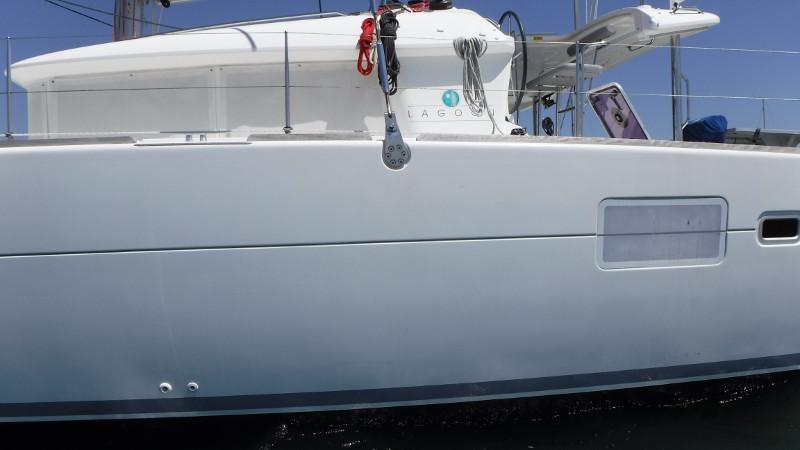 Preowned Sail Catamarans for Sale 2010 Lagoon 400 Boat Highlights