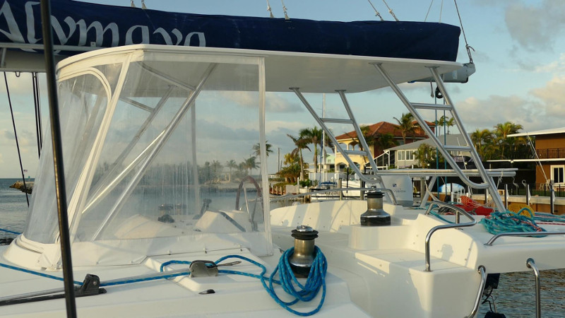 Used Sail Catamaran for Sale 2005 Lagoon 440 Boat Highlights