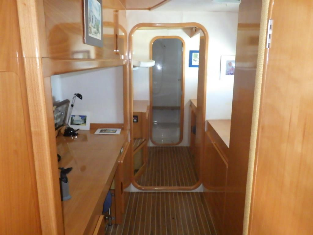Used Sail Catamaran for Sale 1999 Privilege 465 Layout & Accommodations