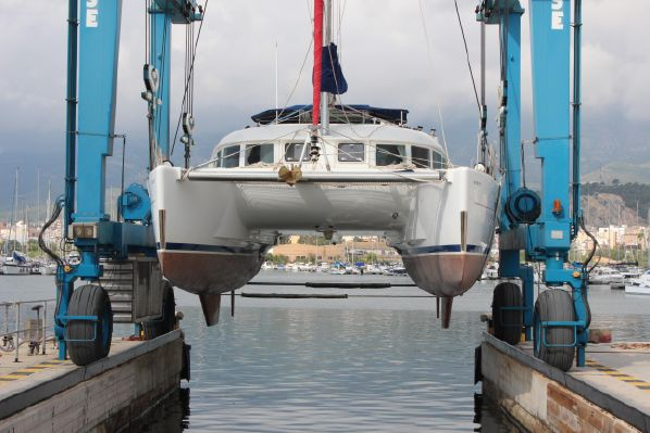 Catamarans PURRR FECT, Manufacturer: LAGOON, Model Year: 2006, Length: 38ft, Model: Lagoon 380 S2, Condition: Used, Listing Status: Catamaran for Sale, Price: USD 210000