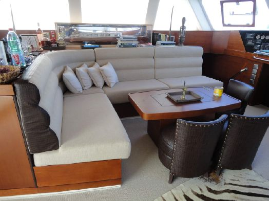 Used Sail Catamaran for Sale 2009 Sunreef 70 Layout & Accommodations