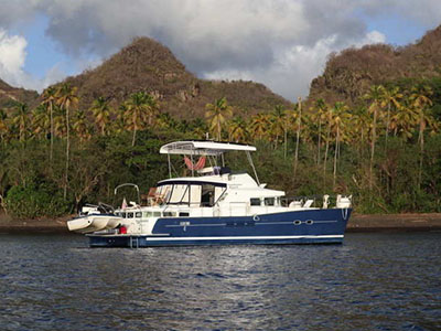 Power Catamarans for Sale 2004 Lagoon 43 Power