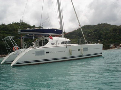 Used Sail Catamaran for Sale 2014 Lagoon 380 S2