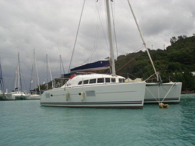 Used Sail Catamaran for Sale 2014 Lagoon 380 S2