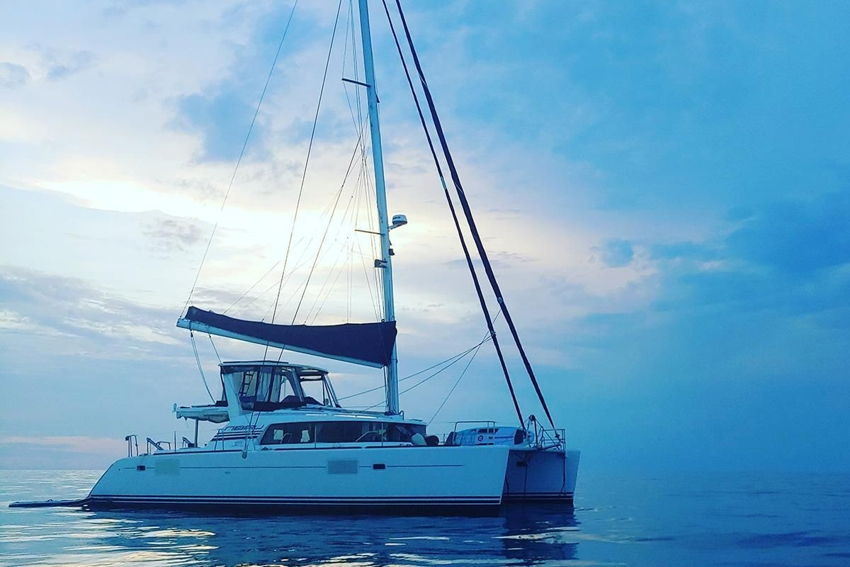 Used Sail Catamaran for Sale 2005 Lagoon 440