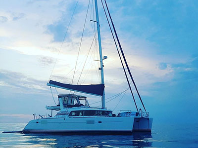 Sail Catamarans for Sale 2005 Lagoon 440