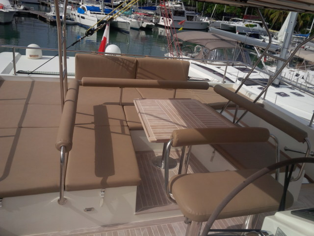 Catamarans MOONSTONE, Manufacturer: SUNREEF, Model Year: 2007, Length: 62ft, Model: Sunreef 62, Condition: Used, Listing Status: Catamaran for Sale, Price: USD 1300000