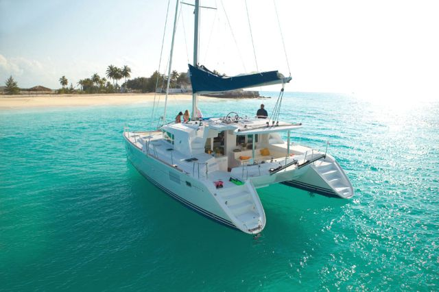 Catamarans APOLLO, Manufacturer: LAGOON, Model Year: 2006, Length: 44ft, Model: Lagoon 440, Condition: Used, Listing Status: Catamaran for Sale, Price: USD 445000