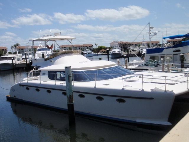 Used Power Catamaran for Sale 2005 Prowler 450