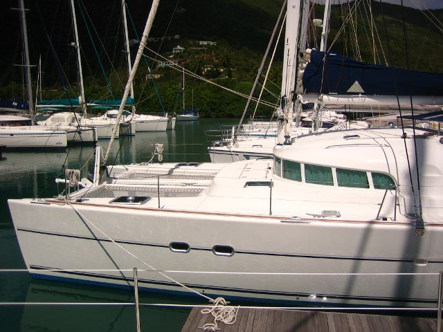 Catamarans SERENDIPITY@C, Manufacturer: LAGOON, Model Year: 2004, Length: 47ft, Model: Lagoon 470, Condition: Used, Listing Status: SOLD, Price: USD 475000