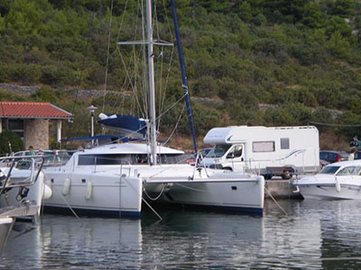 Catamarans ALDEBARAN, Manufacturer: FOUNTAINE PAJOT , Model Year: 2005, Length: 43ft, Model: Belize 43, Condition: USED, Listing Status: Catamaran for Sale, Price: EURO 219950