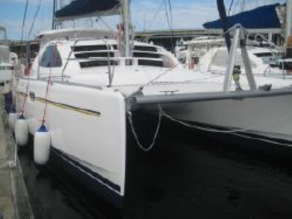 Used Sail Catamaran for Sale 2009 Leopard 40