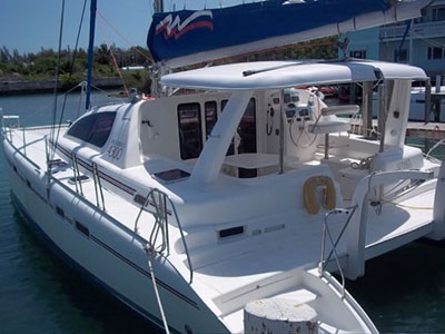 Catamarans ULTIMATE PAIR-O-DOCS, Manufacturer: ROBERTSON & CAINE, Model Year: 2006, Length: 43ft, Model: Leopard 43 , Condition: USED, Listing Status: SOLD, Price: USD 275000