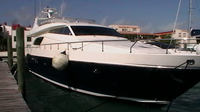 Catamarans MR CANCUN, Manufacturer: FERRETTI, Model Year: 1999, Length: 72ft, Model: Ferretti 720, Condition: Used, Listing Status: Catamaran for Sale, Price: USD 1200000