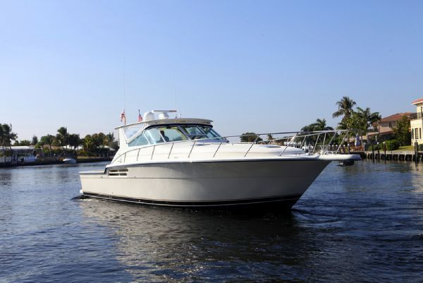 Preowned Power Catamarans for Sale 1998 Tiara 4300 Open