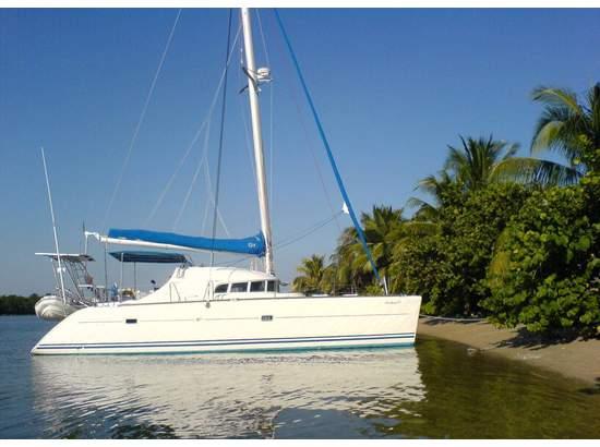 Preowned Sail Catamarans for Sale 2000 Lagoon 410