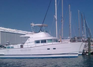 Preowned Power Catamarans for Sale 2004 Lagoon 43