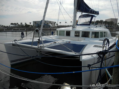 Catamarans MOVING ON, Manufacturer: LAGOON, Model Year: 2006, Length: 44ft, Model: Lagoon 440, Condition: USED, Listing Status: SOLD, Price: USD 475000