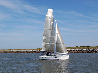 SOLD Hunter 36  in Edgewater  Maryland (MD)  MARLOW HUNTER 36 Thumbnail for Listing Preowned Sail