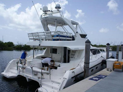 Catamarans EL JUGUETE, Manufacturer: AFRICAT MARINE, Model Year: 2006, Length: 42ft, Model: Africat 420, Condition: Used, Listing Status: Catamaran for Sale, Price: USD 495000