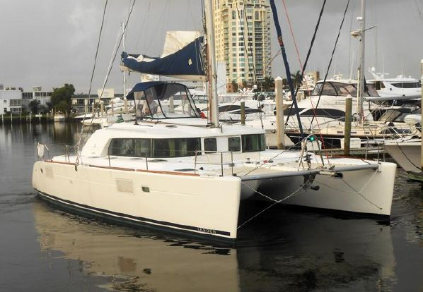Catamarans AGAPE, Manufacturer: LAGOON, Model Year: 2008, Length: 44ft, Model: Lagoon 440, Condition: Used, Listing Status: Catamaran for Sale, Price: USD 585000