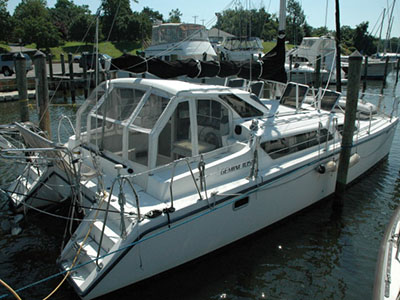 Catamarans LEISURELY ADRIFT, Manufacturer: PERFORMANCE CRUISING, Model Year: 2005, Length: 34ft, Model: Gemini 105Mc, Condition: Used, Listing Status: SOLD, Price: USD 129000