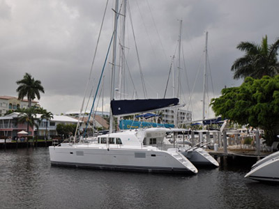 Catamarans DIANNE W, Manufacturer: LAGOON, Model Year: 2006, Length: 44ft, Model: Lagoon 440, Condition: USED, Listing Status: Catamaran for Sale, Price: USD 349995